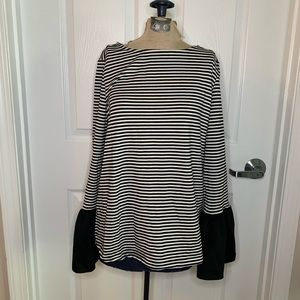 BeachLunchLounge Striped Cotton Bell Sleeve Top D3